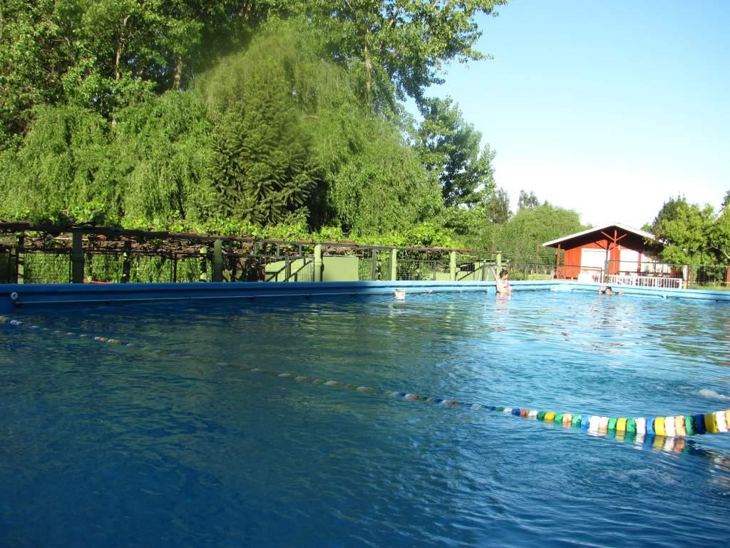 ¿Cuanto aprovechan los hualquinos sus piscinas? (Artículo del año 2011)
