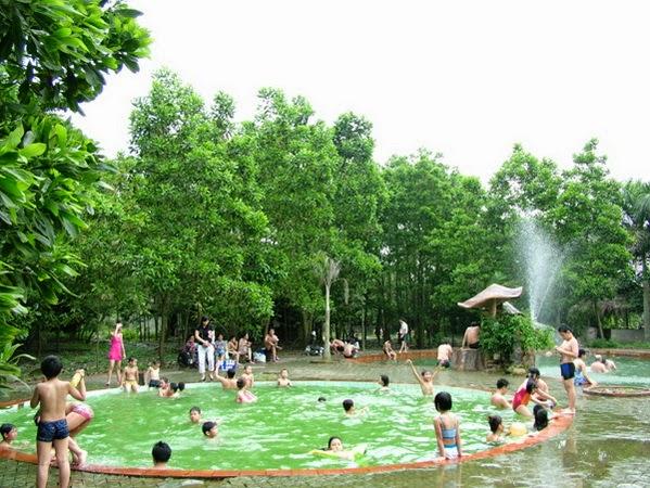 Suối khoáng nóng Thanh Thủy Resort 2 ngày