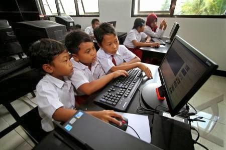 Internet Sebagai Sumber Belajar Siswa