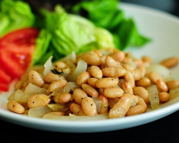 Белая фасоль с овощами