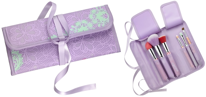 Essence ''Bloom Me Up'' Trend Edition - Brush Bag