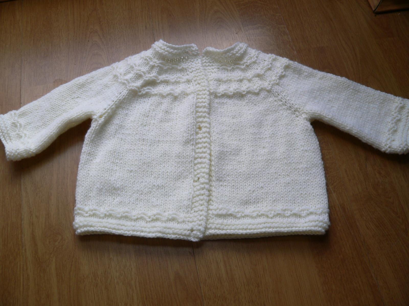 Knitting Pattern For Baby Seamless Yoked Sweater : The Blattcave: POTD: Seamless Yoked Baby Cardigan