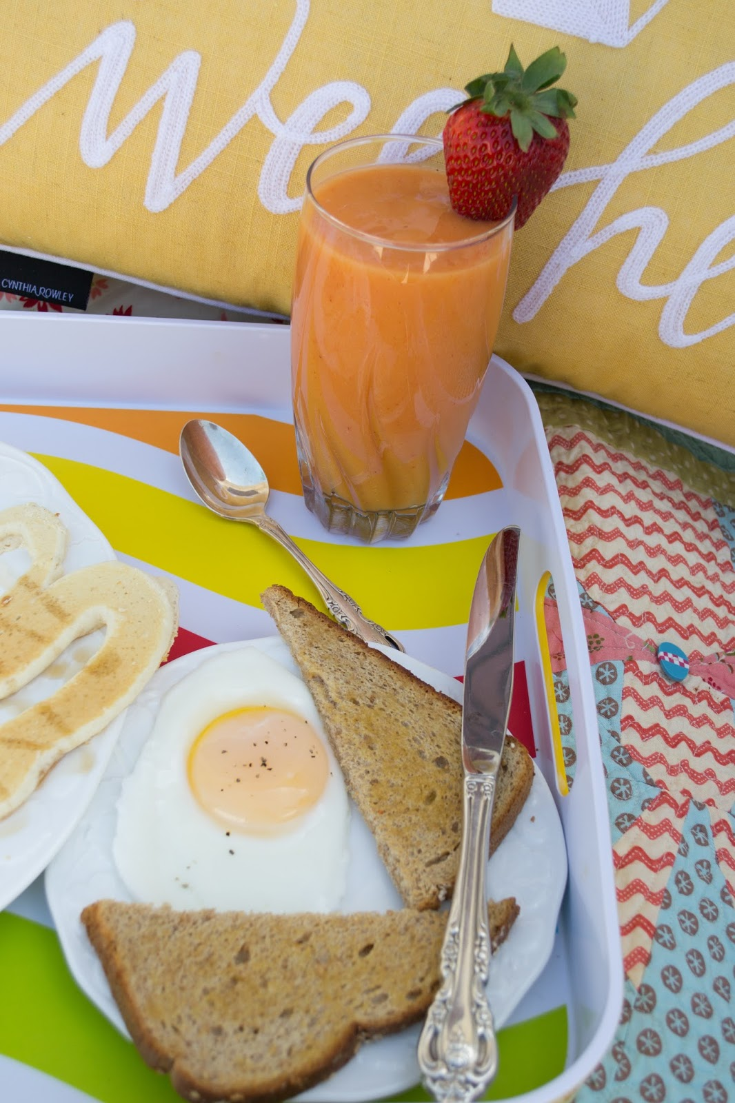 Tips for the Perfect Mother's Day Breakfast in Bed