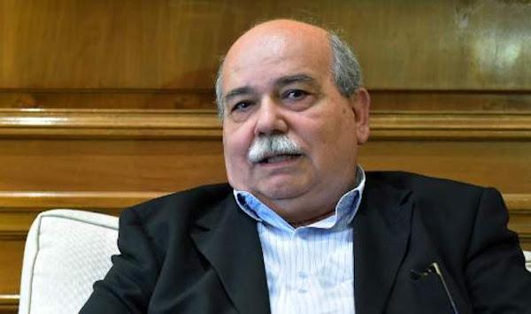 Μήνυση κατά Βούτση για «ανθελληνική-αντιχριστιανική συμπεριφορά και ευθεία παραβίαση του Συντάγματος» από Καθηγητή Πανεπιστημίου Μακεδονίας