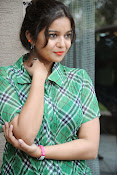 Swathi Glam photos in green-thumbnail-17
