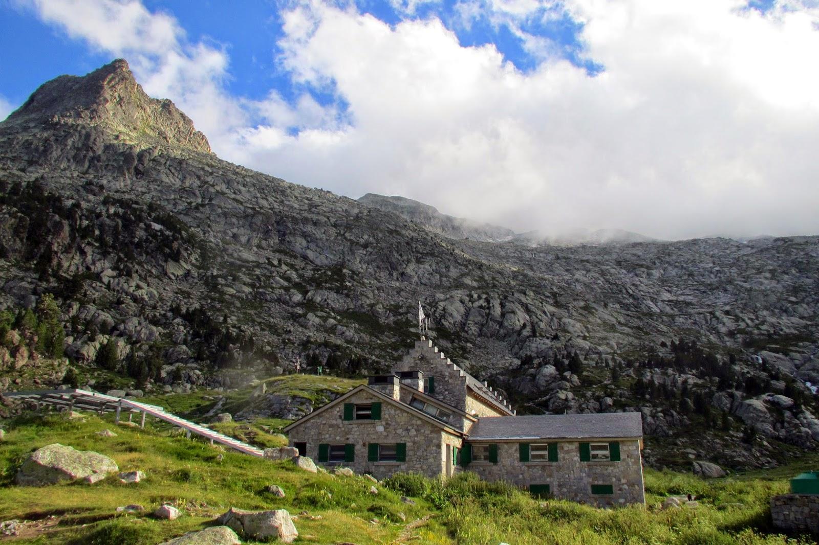 Refugio La Renclusa y Pico de la Renclusa