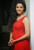 Saiyami Kher Hot in Red at Rey Trailer launch-thumbnail-3