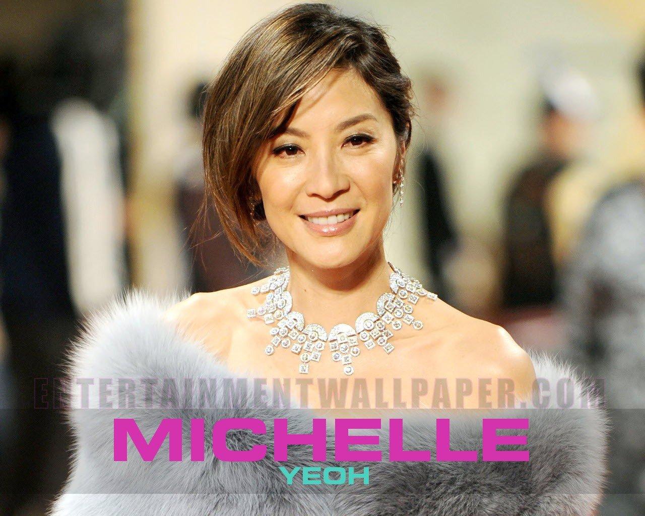http://4.bp.blogspot.com/-4oix9W-_LDg/Tnct0LyGL1I/AAAAAAAAF9E/P7gd1Jxgw6I/s1600/Michelle_Yeoh05.jpg