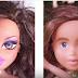 Elle modifie le maquillage des poupées avec vernis à ongles, le résultat est vraiment impressionnant !