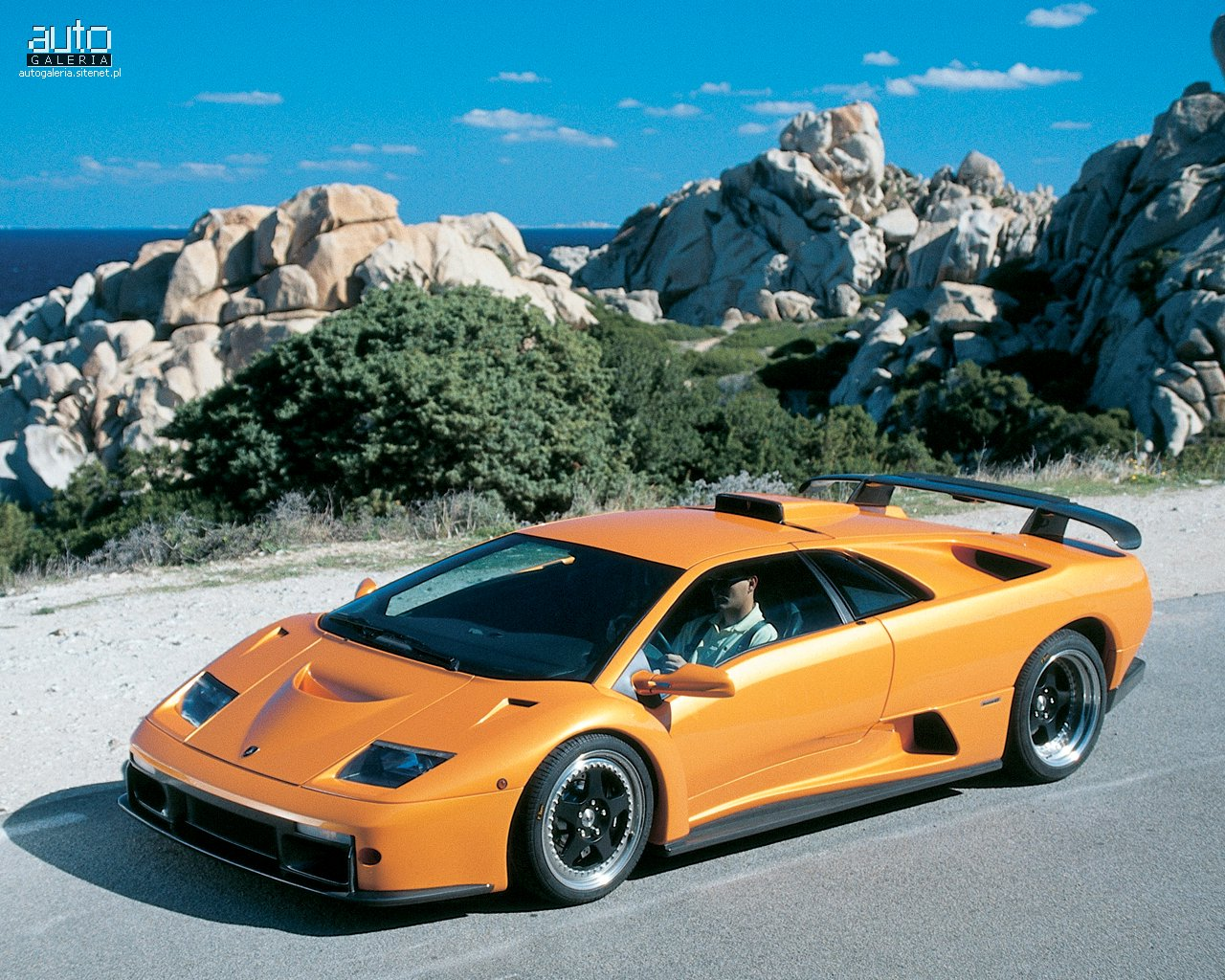luxury lamborghini cars lamborghini diablo gt. Black Bedroom Furniture Sets. Home Design Ideas