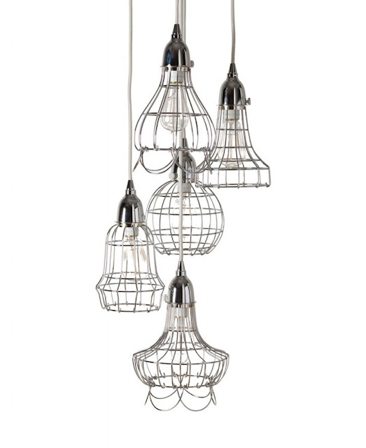 Cluster of 5 wire pendant lights