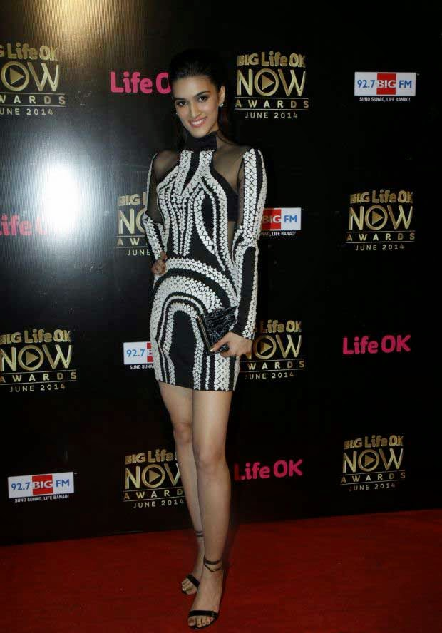 Kirti Sanon At Life Ok Now Awards 2014