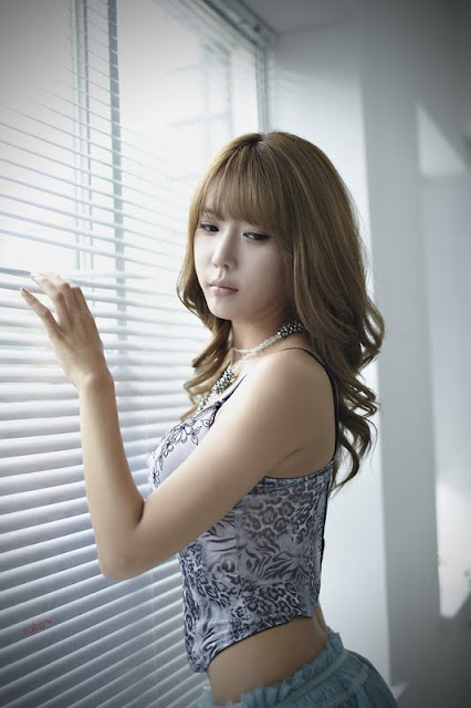 Heo Yun Mi Lovely In Flower Camisole