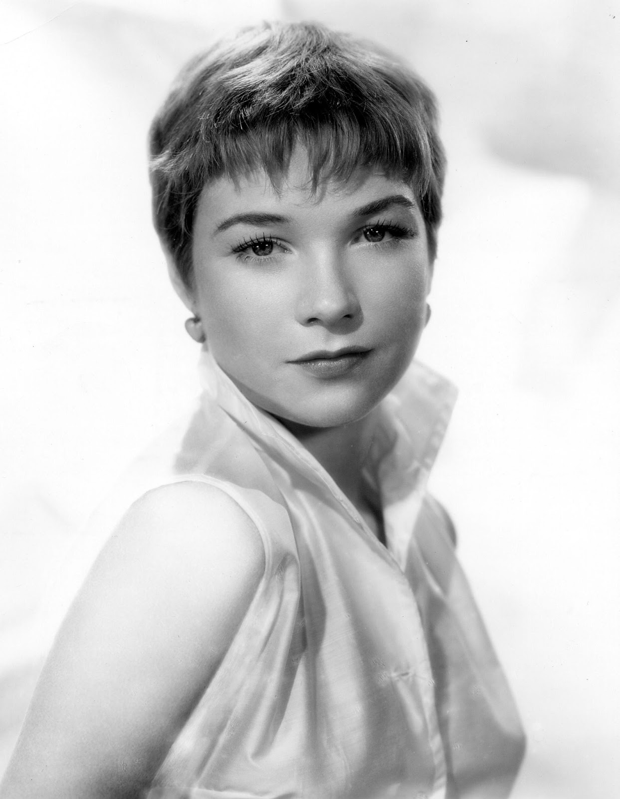 Shirley MacLaine Photos | Tv Series Posters and Cast