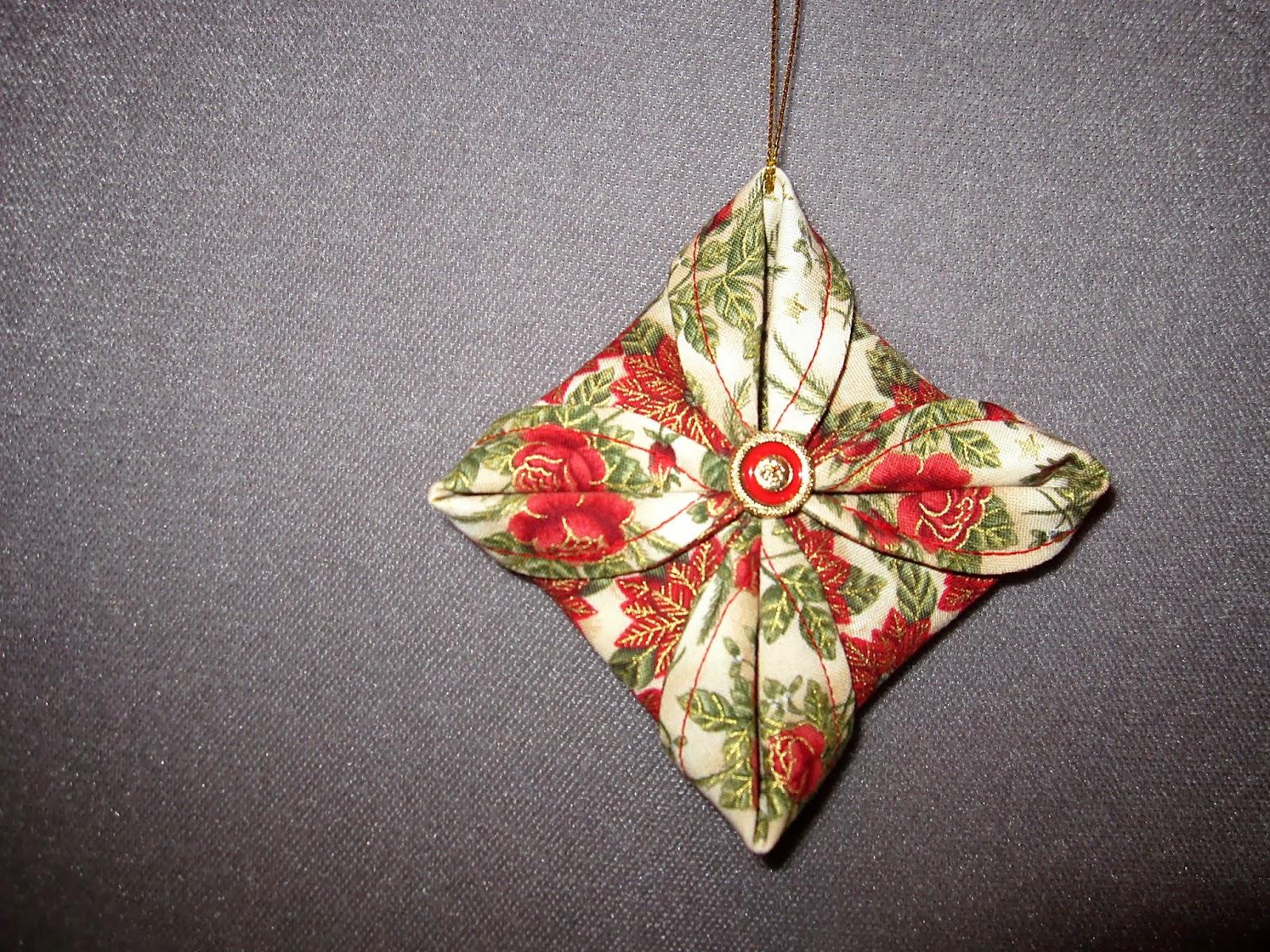 Fabric Ornaments Patterns : Createology: Fabric Circle Ornaments...