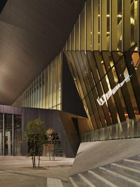 08-Melbourne-Convention-and-Exposición-Centre-por-Woods-Bagot