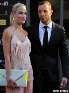 Oscar Pistorius shoots girlfriend, pistorius arrested