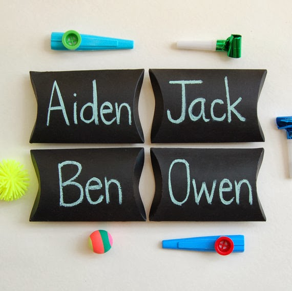 birthday goodie pillow boxes, party favors, boy, children, happy birthday party table decor, writable black chalkboard giftbox - set of 4