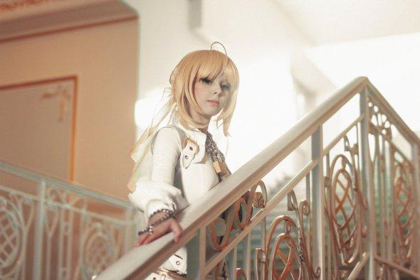 Helly von Valentine disharmonica deviantart cosplay modelo sensual animes