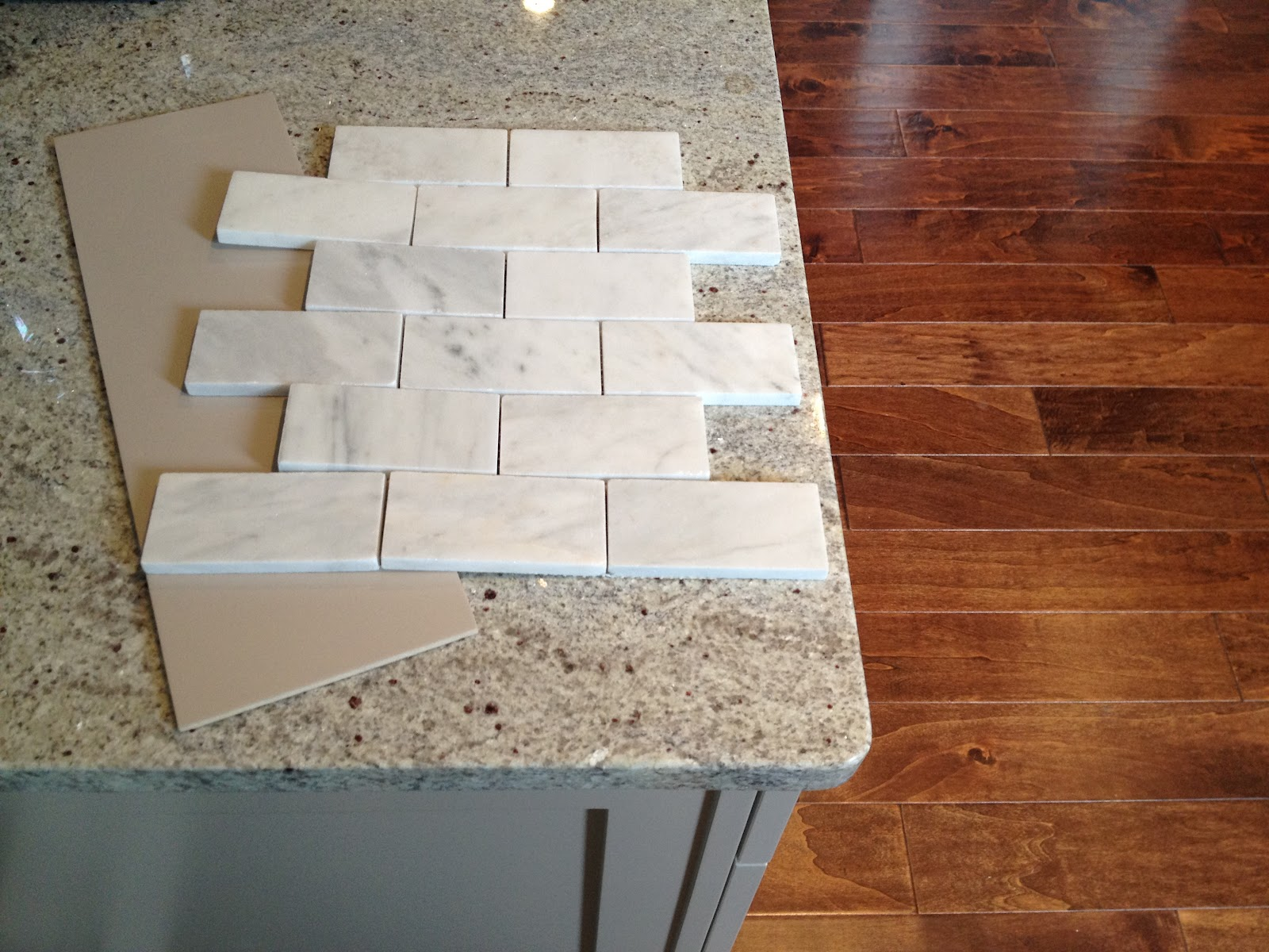 Loft Cottage Marble Backsplash Preview
