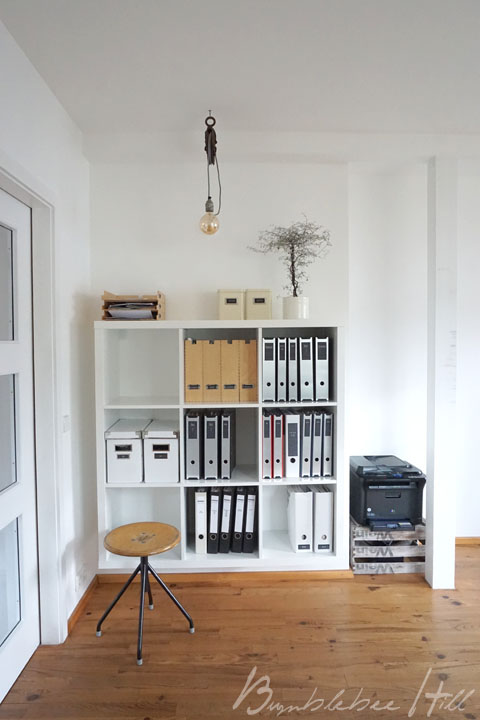bumblebee hill ordnungstipps f rs b ro diy ablagekorb aus draht. Black Bedroom Furniture Sets. Home Design Ideas