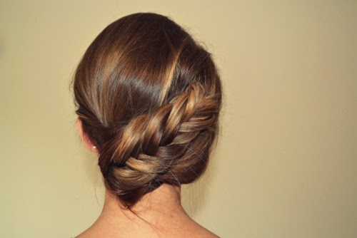 how-to-twisted-fishtail-plait-braid-updo
