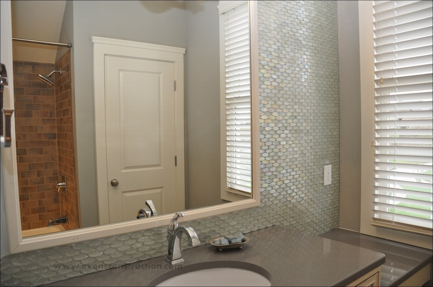 amazing glass tile ideas for your inspirations - diy home decorating
