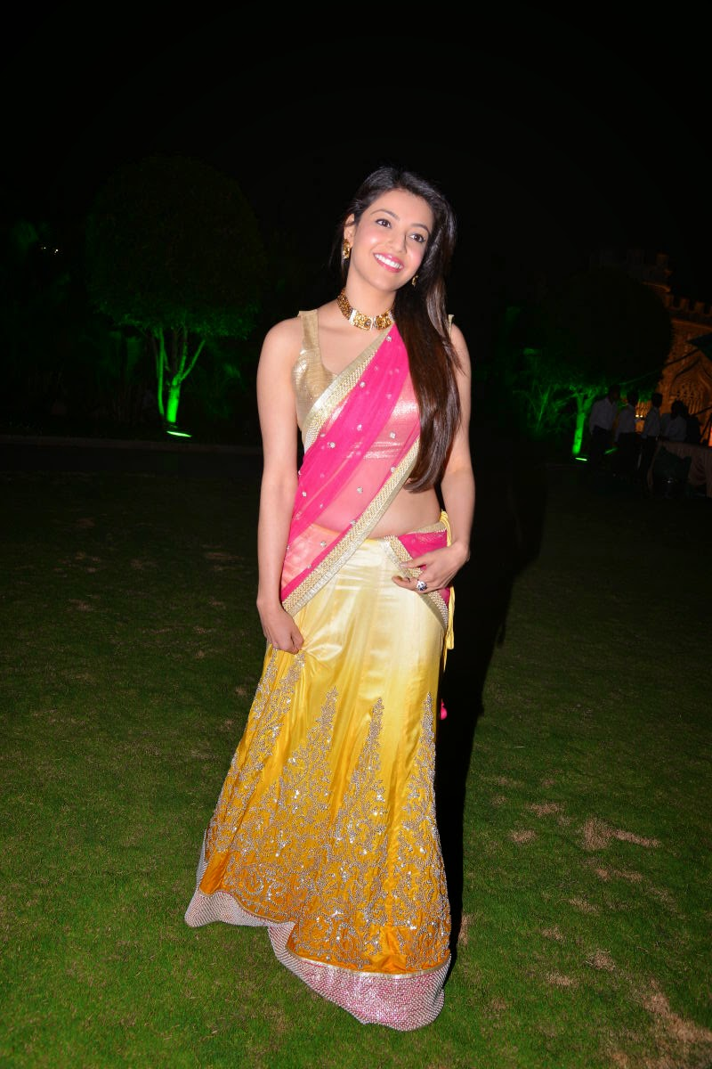 kajal agarwal photos in half saree-HQ-Photo-16