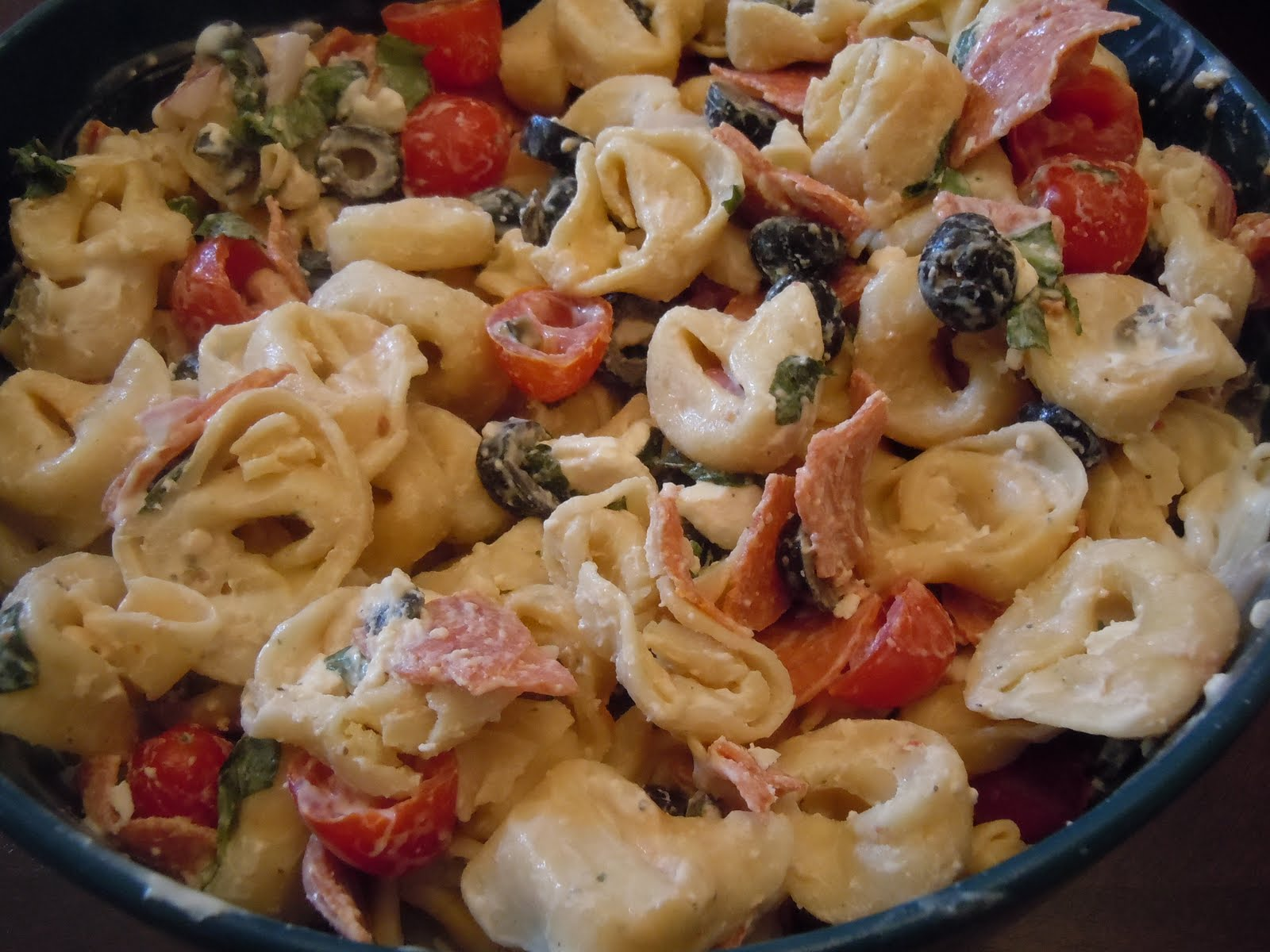 The Savvy Kitchen: Tortellini Pasta Salad