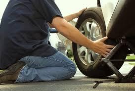 Ayah, Kenapa Harus Mengganti Ban Mobilnya Ayah