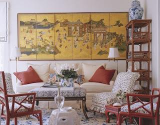 Ruang tamu dengan dekorasi tradisional