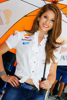 Paddock girls 2013 motogp inggris