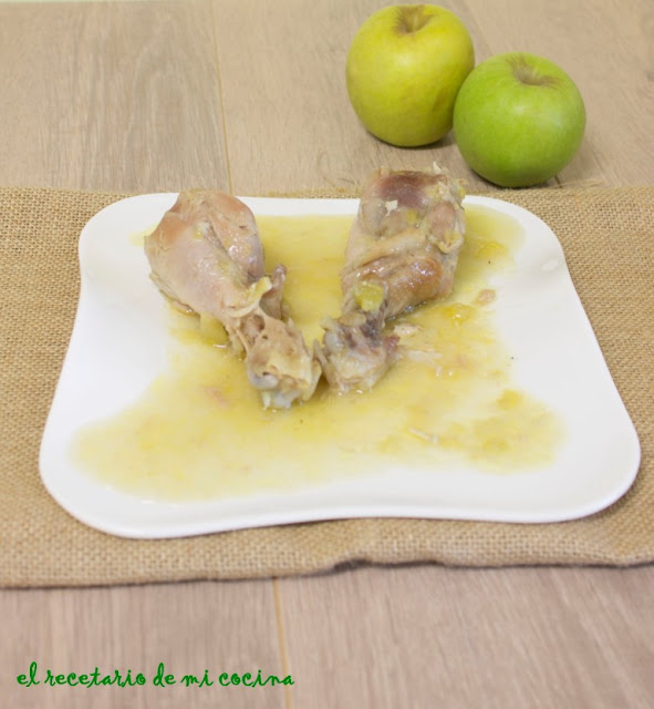 pollo con manzana