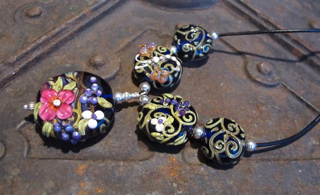 handmade lampwork beads jewelry necklace pendant