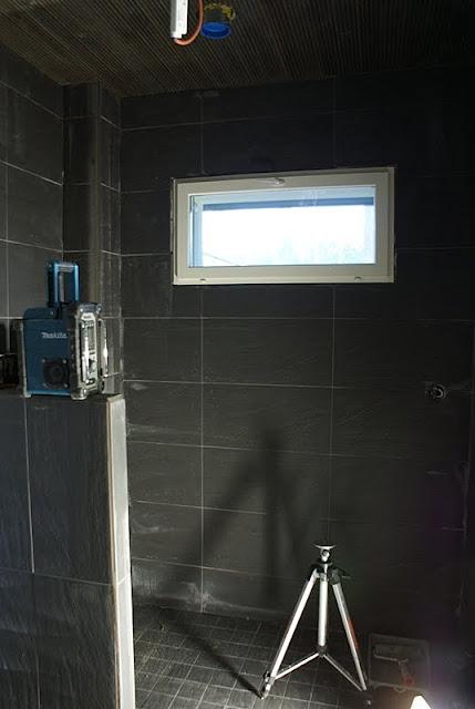 minimalistinen, saunatupa, saunarakennus, mökkisauna, musta sauna