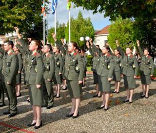 Καταγγελία από άνδρα στρατιωτικό ο οποίος ζητά …ισότητα με τις γυναίκες συναδέλφους του