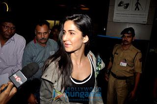 Hrithik Roshan & Katrina Kaif leave for London