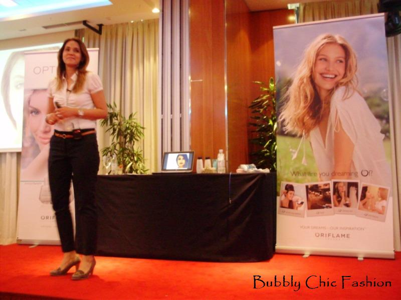 Bojana Vasić - Nam bubbly chic fashion oriflame