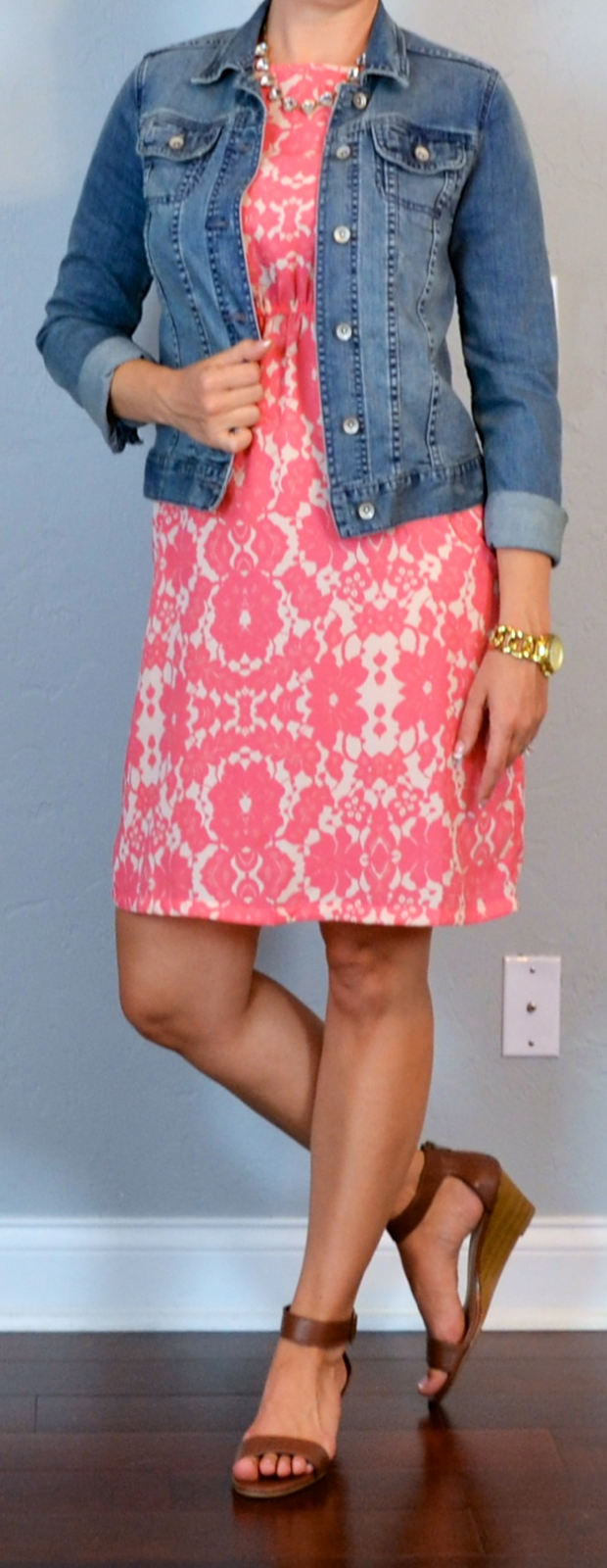 Outfit post peach/pink floral dress jean jacket brown wedge sandals | Outfit Posts