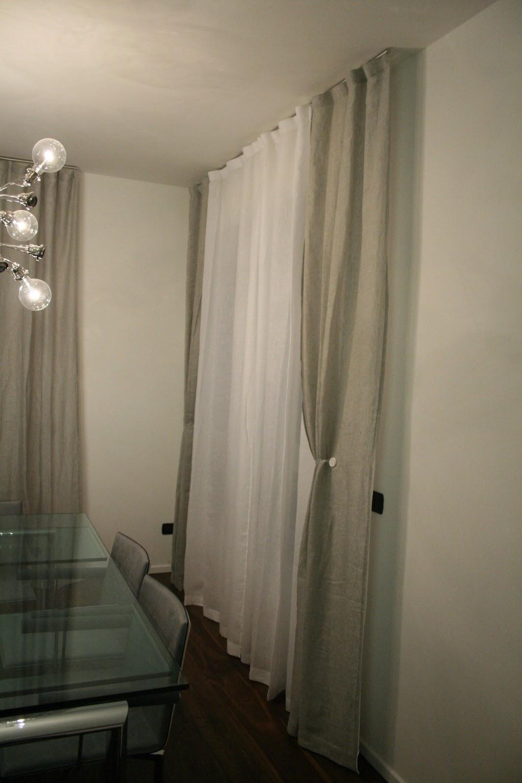 Soggiorno Moderno Tende: Tende da soggiorno moderno veneziane su misura foto.
