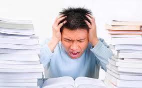 10 Kebiasaan Mahasiswa Tingkat Akhir [ www.BlogApaAja.com ]
