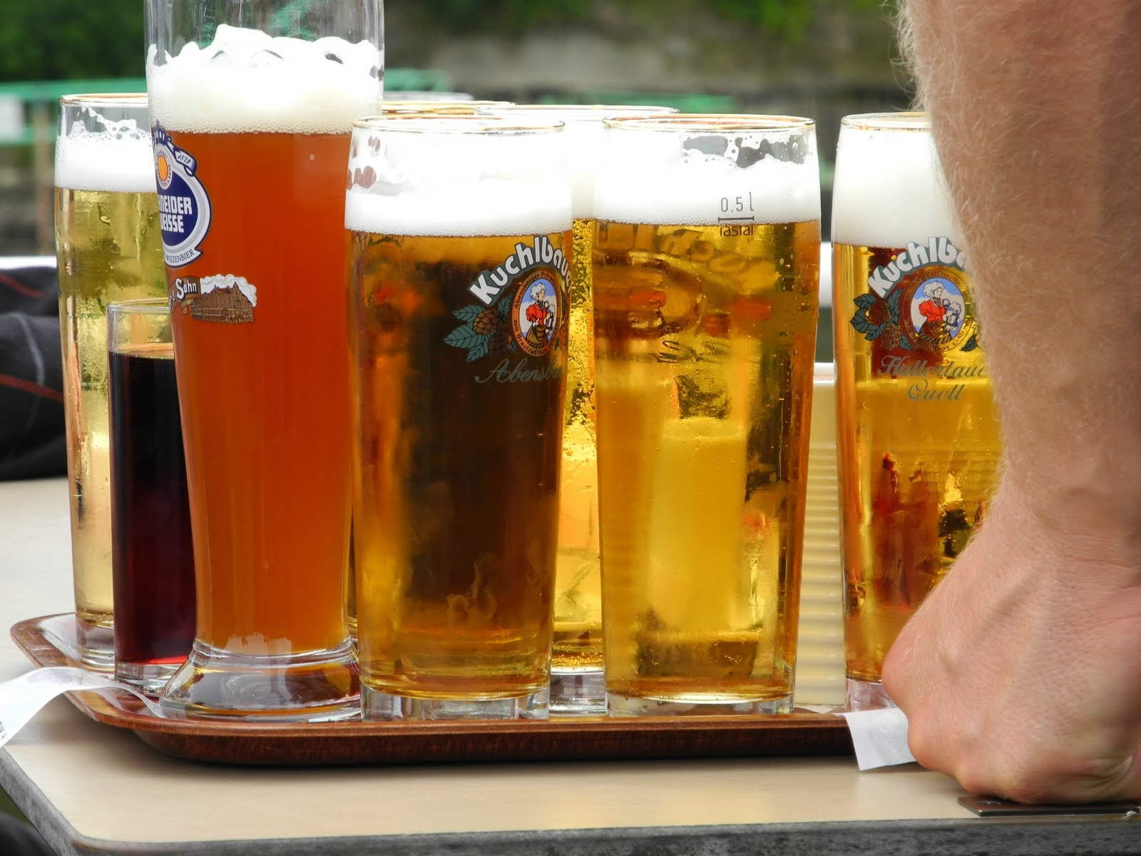 how to say beer please in german