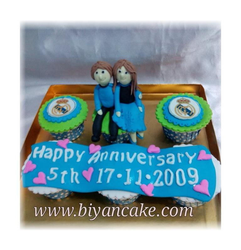 biyancakes jual cupcake di bekasi cupcake real madrid