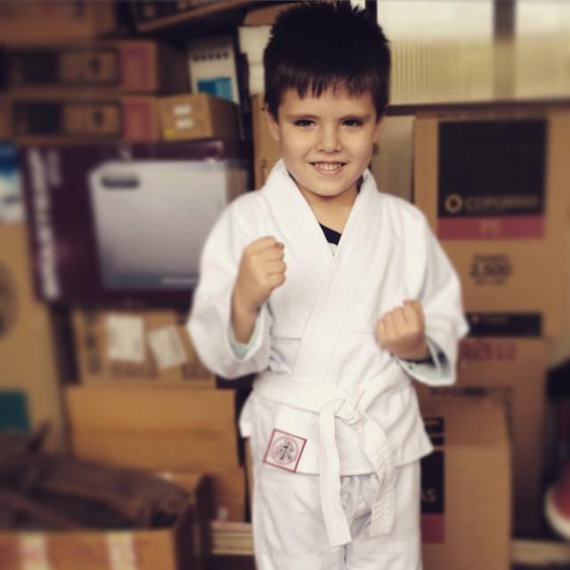 Miguel #aos5 com seu primeiro kimono de judô