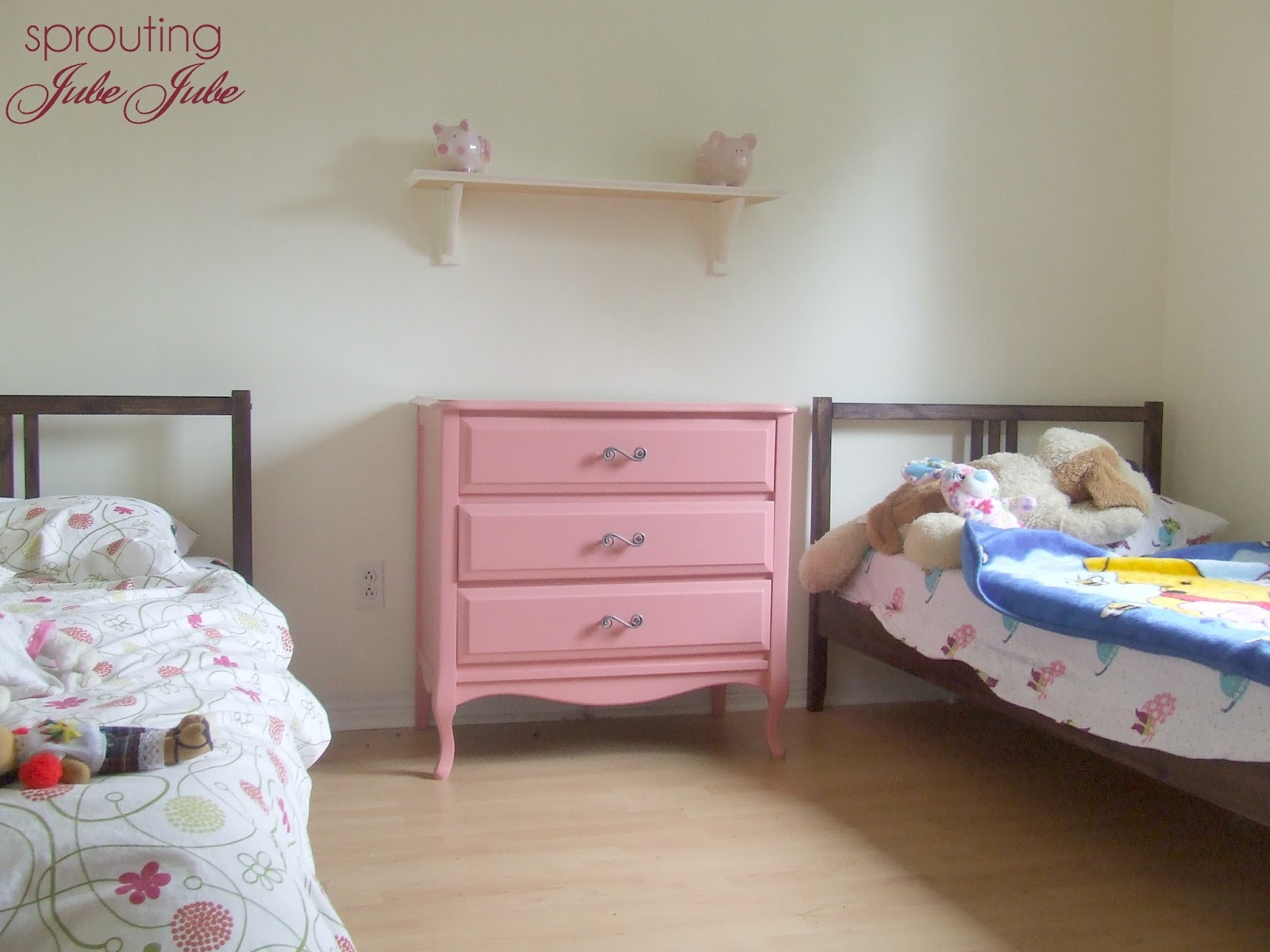 Sprouting jubejube bedroom redo for little girls on a budget How to redo a bedroom cheap