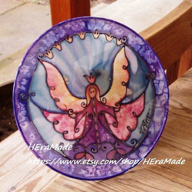 https://www.etsy.com/listing/263508988/angel-art-suncatchers-guardian-angel?ref=shop_home_active_3