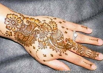 Most+Beautiful+10+Hand+Mehandi+Designs+New+Images+2013006