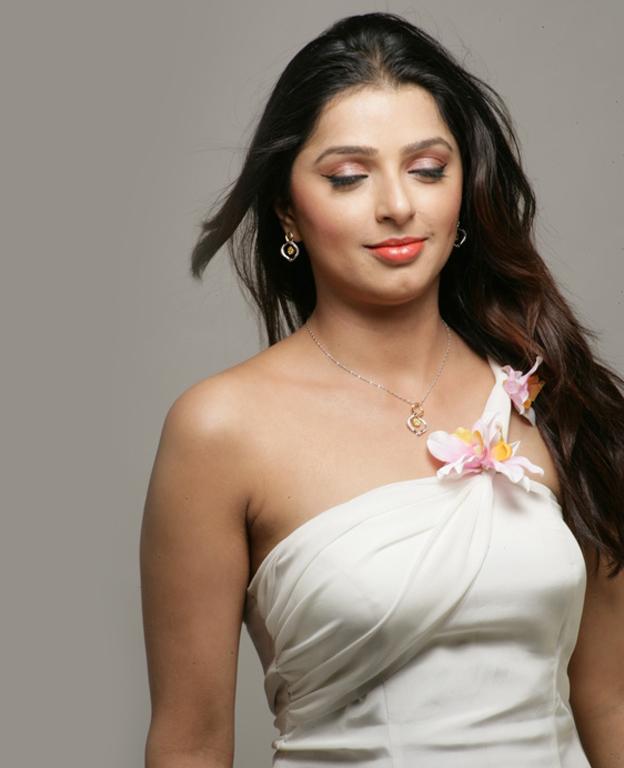 bhoomika latest stills tamil cine database tamil video