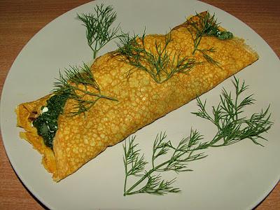 Omlet ze szpinakiem i białym serem