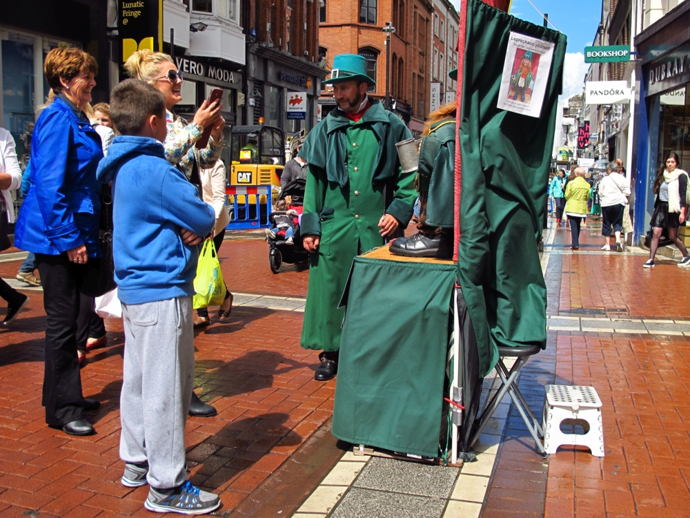 street performer in dublin photo by susan wellington